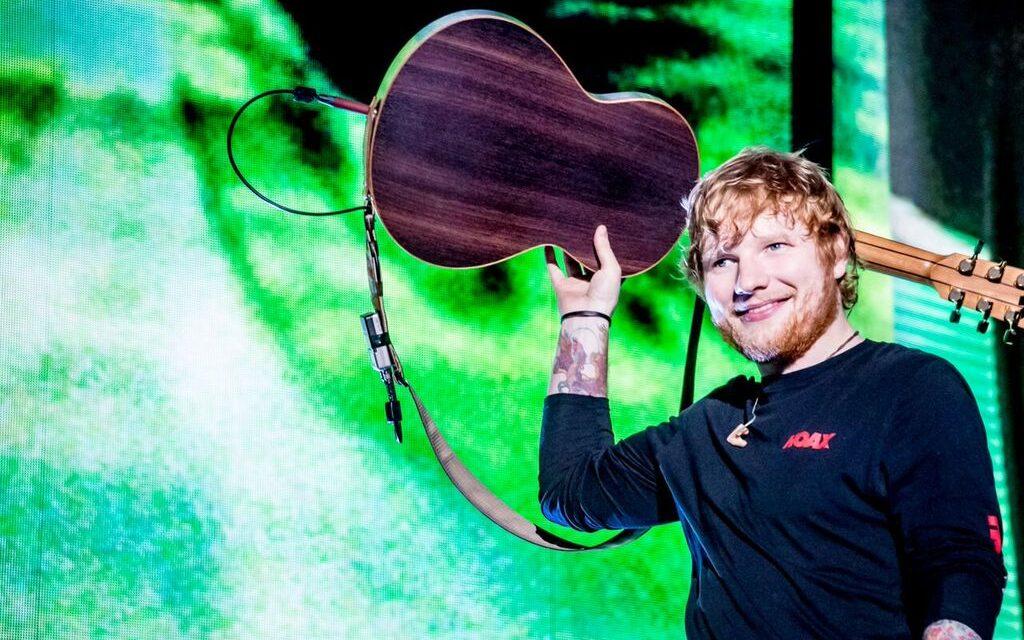 """Ed Sheeran Review """"Marvel"""" In The Rain"""