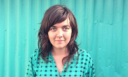 "Courtney Barnett Gig Review ""loud & infectious"""
