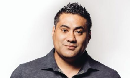 Li'i Alaimoana SeriousLi'i. NZ International Comedy Festival